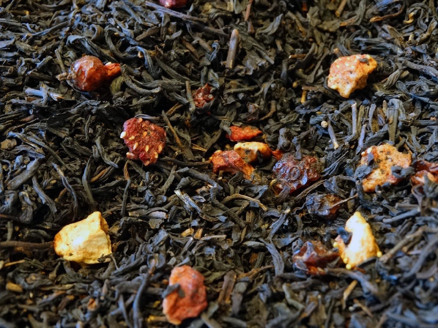 Flavoured black tea, raspberry, strawberry, redcurrant, cherry.