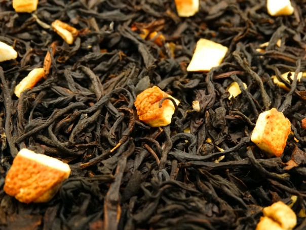 Black tea with lemon peels