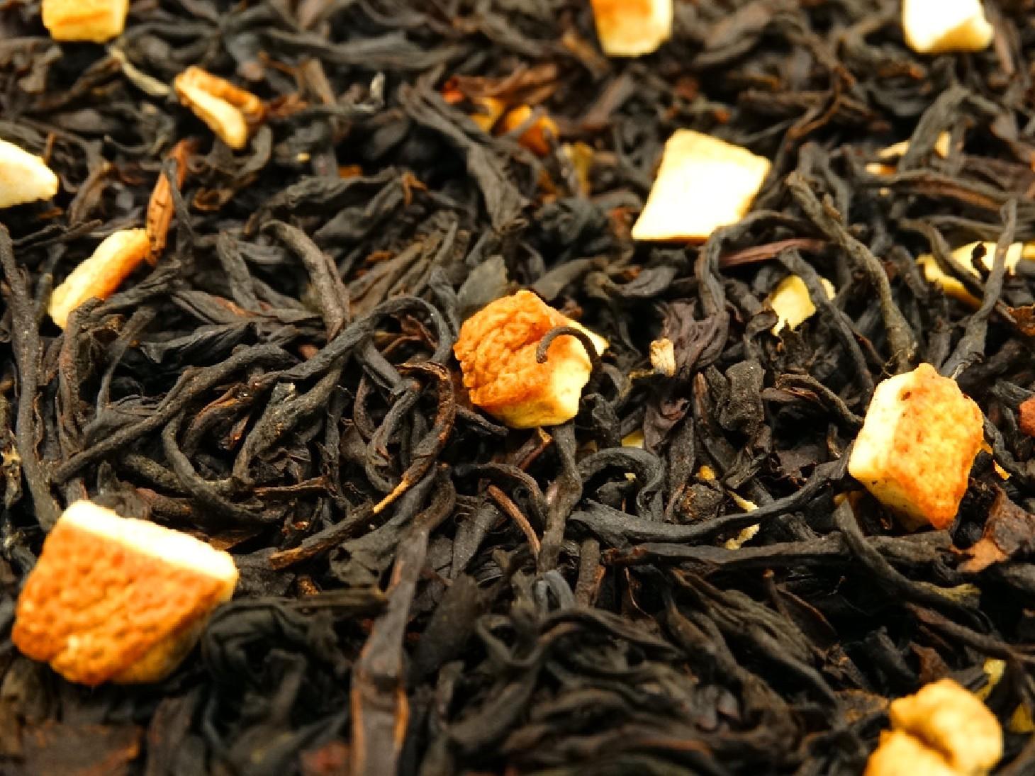 Black tea with lemon peels