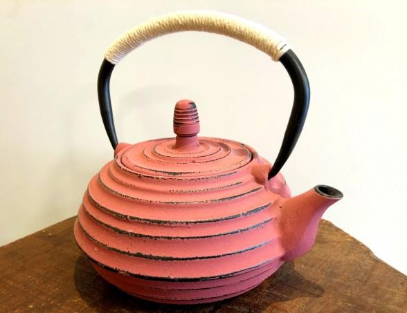 théière en fonte 0,8 litre couleur Ocre Rouge fin de série Tea & Cie bretagne Vannes morbihan
