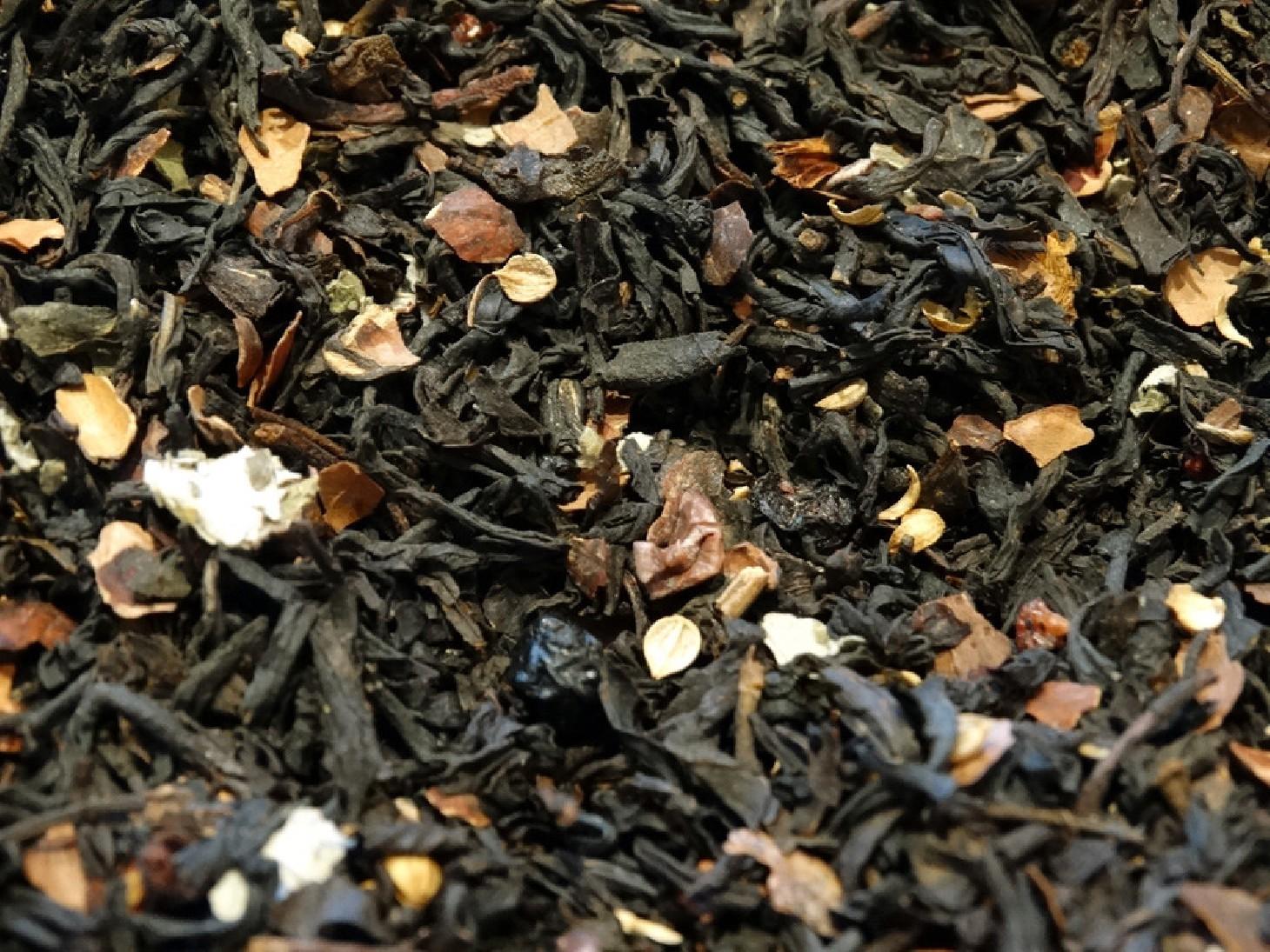 Black tea, blackberries, raspberry, elderberry, cocoa, coriander