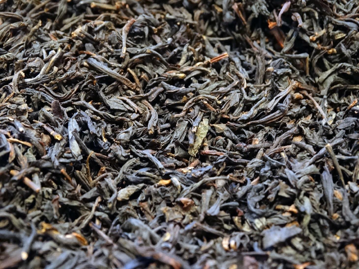 Flavoured black tea, red fruits, caramel, vanilla